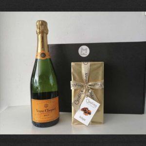 champagne cadeaupakket met chocolade doos